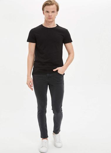 DeFacto Basic Slim Fit T-Shirt Siyah
